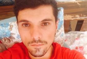 arif, 28 - Just Me