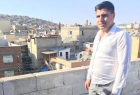 Talip , 22 - Just Me