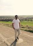 Yusef, 21  , Ardabil