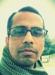 Jahangir Khan , 44  , Quinzano d Oglio