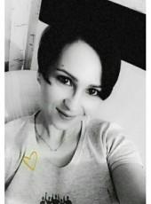 Yuliya, 34, Russia, Perm