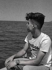 Barış, 18, Turkey, Siirt