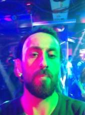 Tamer, 31, Turkey, Istanbul