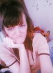 Nadya , 19  , Odessa
