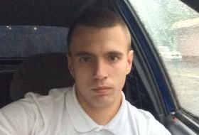 Dmitry, 26 - Just Me