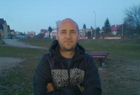 Vladimir , 46 - Just Me