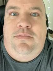 Dealeo, 40, United States of America, North La Crosse
