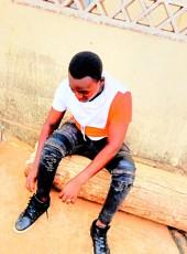 Sanogo fako, 19, Ivory Coast, Vavoua