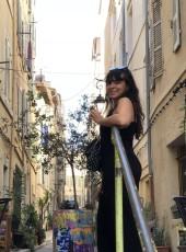 Luna, 26, France, Paris