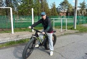 Evgeni, 57 - Just Me