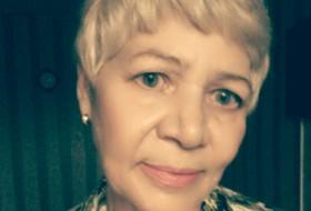 Alla, 64 - Just Me