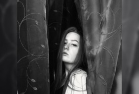 Dasha, 19 - Just Me