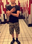 andrew, 18  , Roseville (State of Michigan)