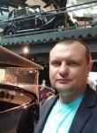 Fill, 35  , Riga