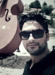 Hamdi, 30  , Tunis
