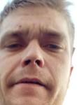 Roman, 29  , Tosno