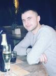 denis, 26  , Vilnius