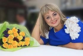 Rusintiya, 29 - Just Me