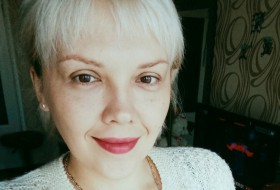 Mila, 34 - Just Me