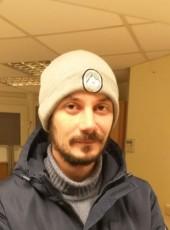 Mikhail, 31, Russia, Magadan