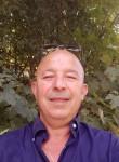 Moulai, 56  , Caen