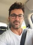 Fernand Olivie, 36  , Franceville