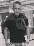 lendi, 22  , Elbasan