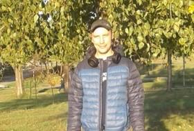 Dima, 39 - Just Me