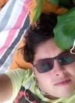 Alek, 18  , Apucarana