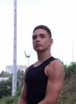 Vadim, 18  , Mykolayiv
