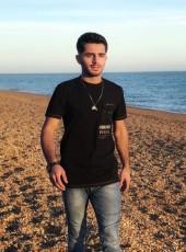 Ibrahim, 18, United Kingdom, London