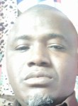 yacouba, 44  , Lome