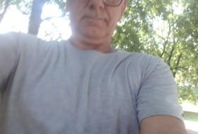 Miroslav, 55 - Just Me