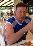 Igor, 64  , Chisinau