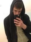 Pavel , 19  , Omsk