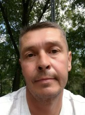 Maksim, 47, Russia, Orenburg
