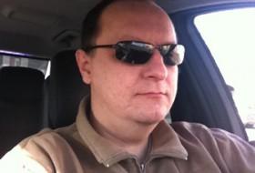 Vladislav, 51 - Just Me