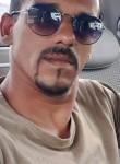 Julio, 39  , Campos
