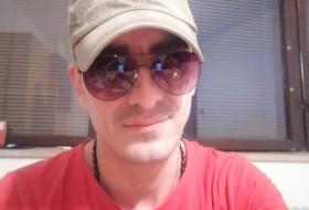 Arkadi, 39 - Just Me