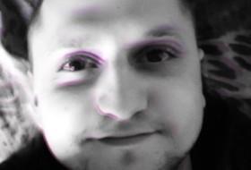 Igor, 27 - Just Me