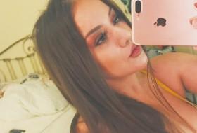 Salina, 24 - Just Me