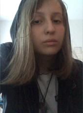 Anna, 19, Russia, Khanty-Mansiysk