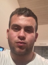 Mika, 23, France, Toulouse
