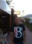 Paulino , 52  , Mieres