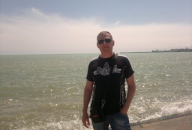 Valeriy, 44 - Just Me