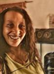 Juliana suazo, 60  , La Paz