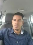 kaDer, 29  , Paris