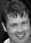 Ian, 43  , Brisbane