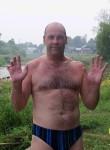 Aleksandr, 47  , Tikhvin