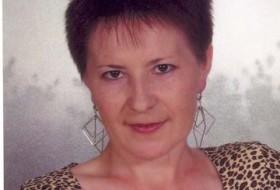 Alida, 54 - Just Me